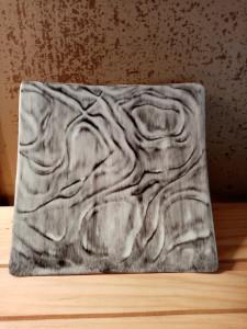 Petit vide poche plat carré relief noir/gris