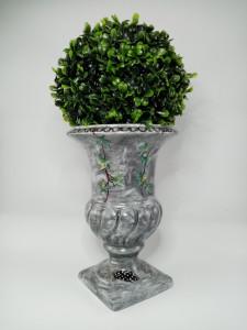 Vase Médicis 23,1 cm Camaïeu gris, plume de pintade et feuilles de lierre