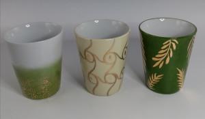 Gobelets avec or couleur au choix : Brun ,ivoire vert, or sur fond blanc , bleu canard....